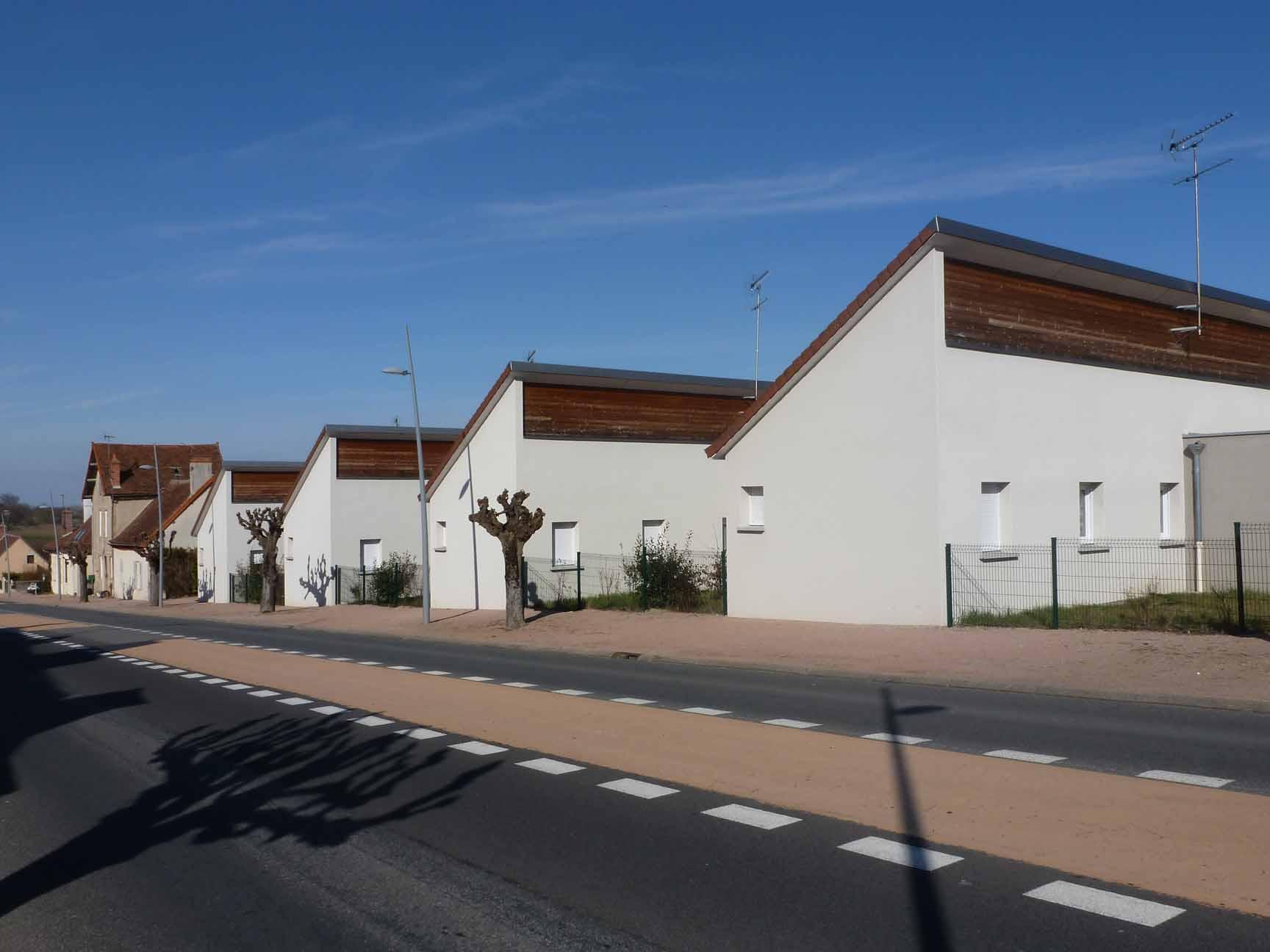 MAISON T3 / 84.6 m² (AGENCE YZEURE)