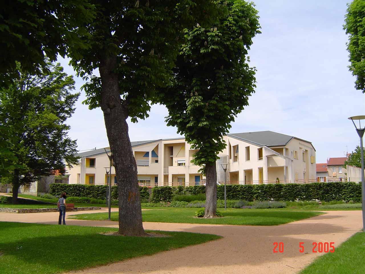 APPARTEMENT T2 / 51 m² (AGENCE DE CUSSET)