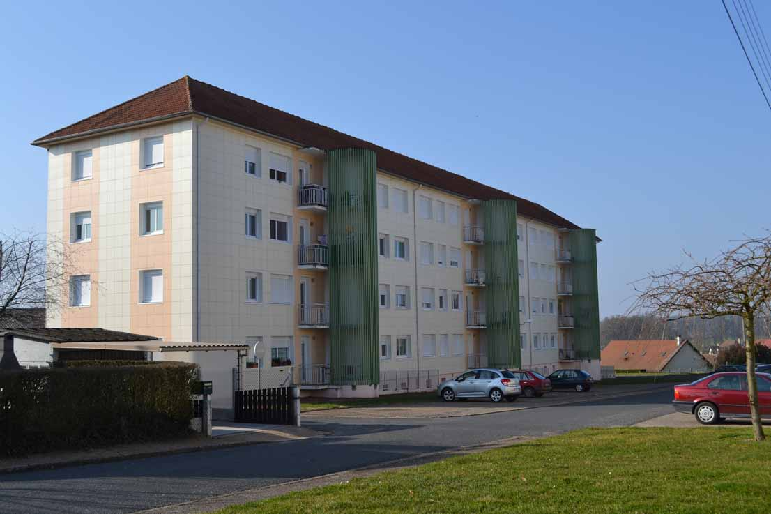 APPARTEMENT T4 / 73 m² (AGENCE YZEURE)
