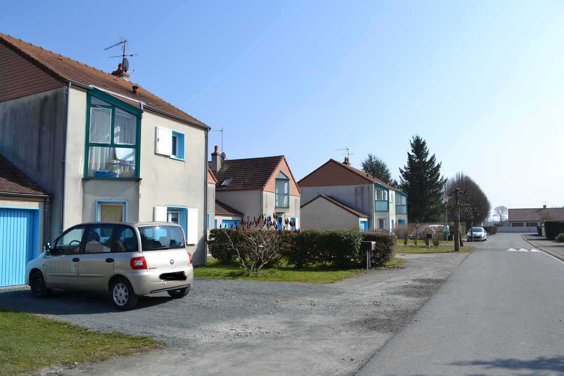 MAISON T3 / 87 m² (AGENCE YZEURE)