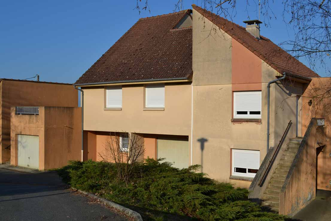 APPARTEMENT T4 / 81 m² (AGENCE DOMERAT)
