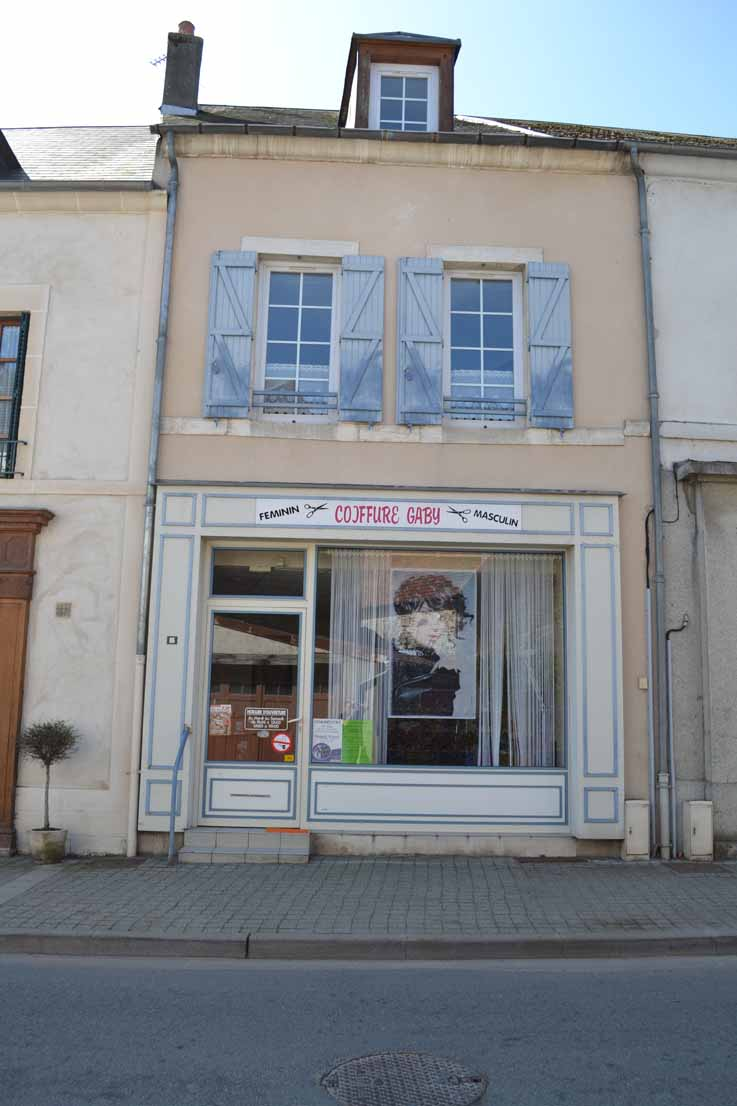 APPARTEMENT T3 / 73.85 m² (AGENCE DOMERAT)