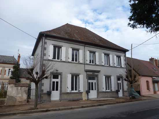 APPARTEMENT T3 / 64.17 m² (AGENCE MOULINS)