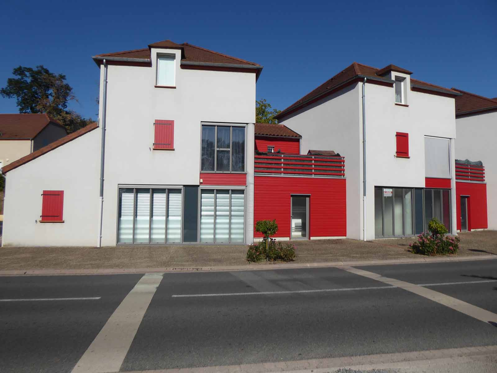 COMMERCE COMMERCE / 51.56 m² (AGENCE MOULINS)