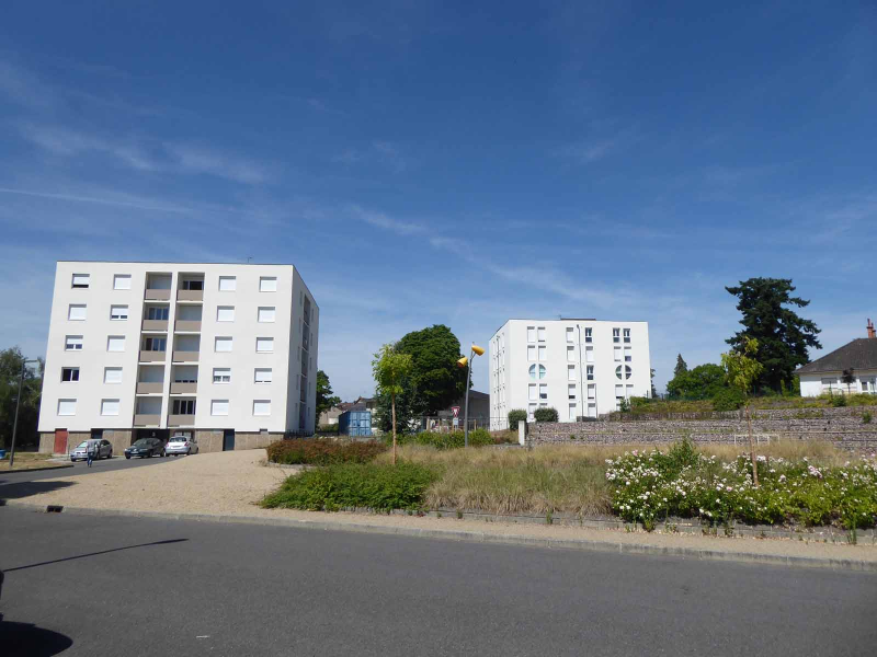 APPARTEMENT T4 / 69 m² (AGENCE MOULINS)