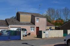 MAISON T5 / 93 m² (AGENCE DE CUSSET)