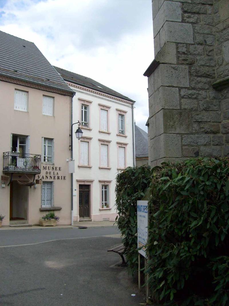 APPARTEMENT T1 / 28 m² (AGENCE DE CUSSET)