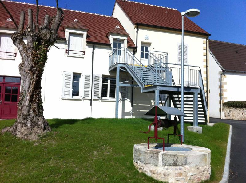 MAISON T4 / 101.67 m² (AGENCE DOMERAT)