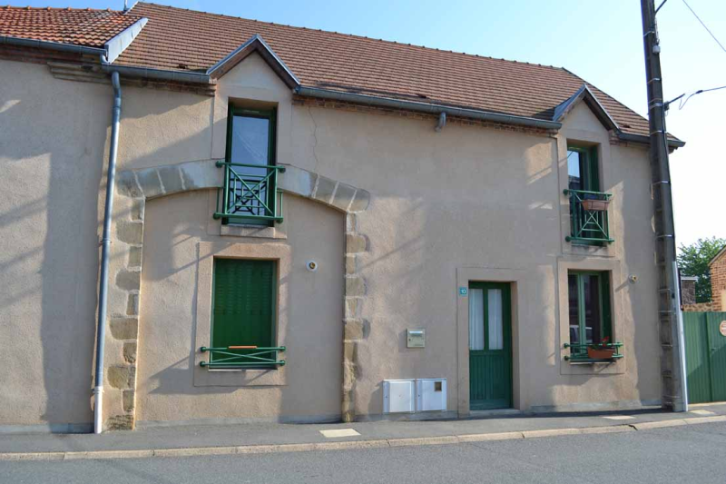 APPARTEMENT T4 / 101 m² (AGENCE DOMERAT)