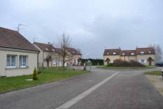 MAISON T4 / 102 m² (AGENCE DE CUSSET)