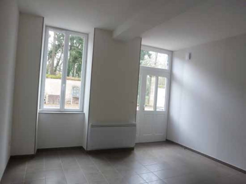 APPARTEMENT T2 / 48.49 m² (AGENCE YZEURE)