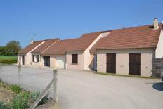 MAISON T4 / 102 m² (AGENCE YZEURE)
