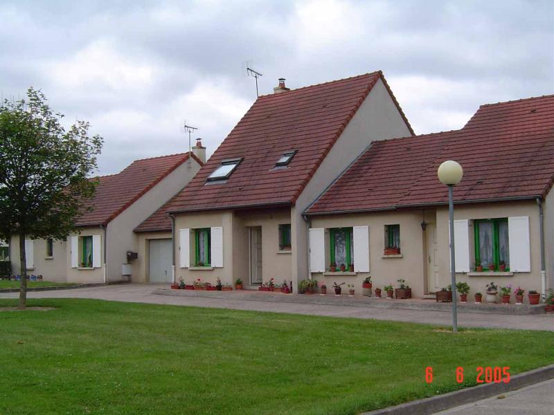 MAISON T4 / 81 m² (AGENCE MOULINS)