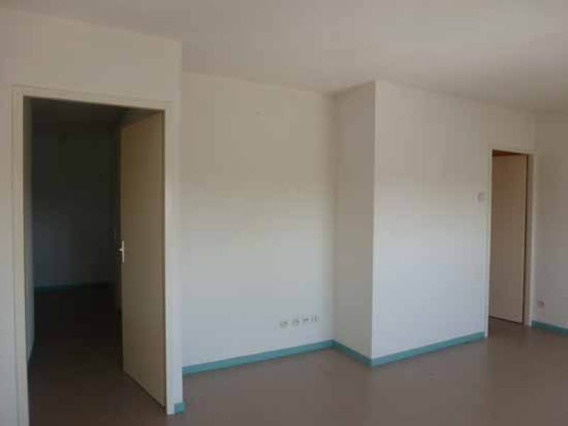 APPARTEMENT T4 / 89 m² (AGENCE MOULINS)